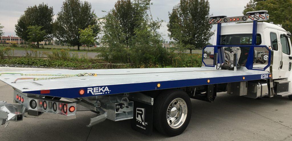DEMO PLATE-FORME REKA 20AC22 LP3 SUR FREIGHTLINER M2 KING CAB 2017