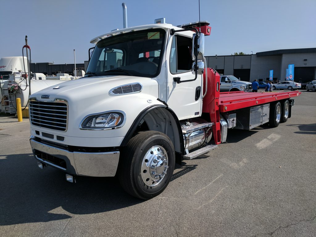 DEMO PLATE-FORME 10 ROUES REKA 40AC28 SUR FREIGHTLINER M2 2018